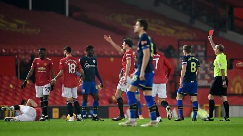 Atas 10 Pemain Southampton di Babak Pertama, MU Unggul 4-0