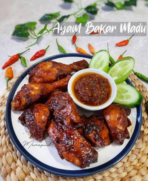 Ayam bakar madu. (Foto: Facebook Resep Aneka Jajan Pasar/@mamaquink_88)