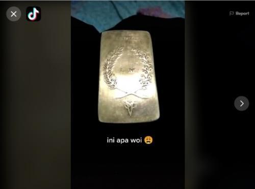 Viral penemuan emas VOC. (Foto: TikTok @hahahaimhere)