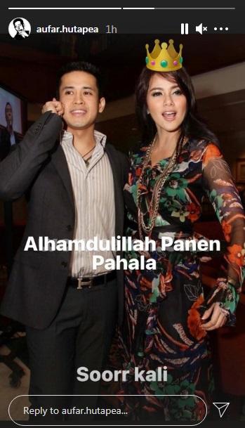 Olla Ramlan dan Menawarkan Hotabia.  (Foto: Instagram/@aufar.hutapea)