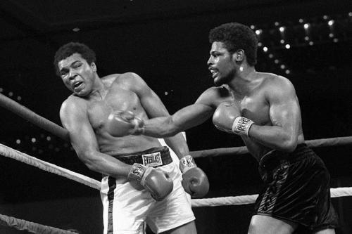 Muhammad Ali dan Leon Spinks