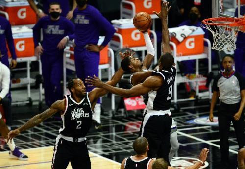 LA Clippers vs Sacramento Kings
