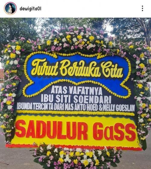 Mertua Melly Goeslaw meninggal dunia. (Foto: Instagram/@dewigita01)