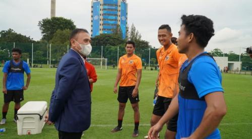 Mochamad Iriawan sambangi TC Timnas Indonesia U-22 (Foto: PSSI)