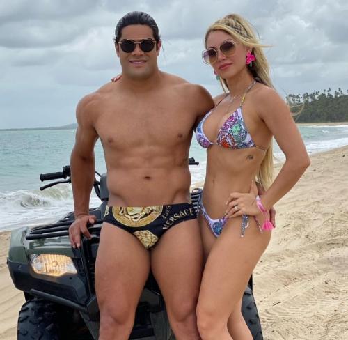 Hulk dan Camila Angelo