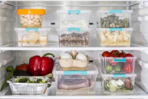 Makanan di kulkas. (Foto: Freepik)