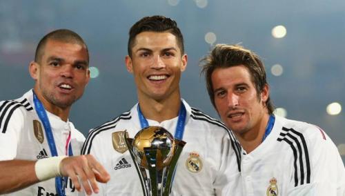 Trio Pepe, Cristiano Ronaldo, dan Fabio Coentrao (Foto: FIFA)