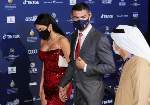 Georgina Rodriguez dan Cristiano Ronaldo di Dubai (Foto: IG/@georginagio)