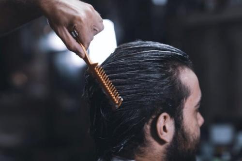 Ilustrasi rambut pria. (Foto: Mostafa Meraji/Unsplash)