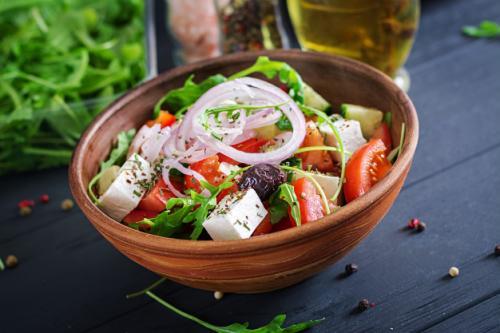 Salad. (Foto: Timolina/Freepik)