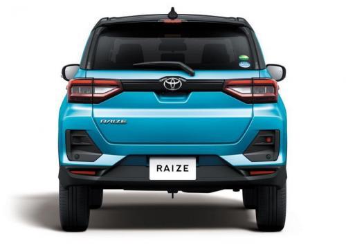 Toyota Raize belakang