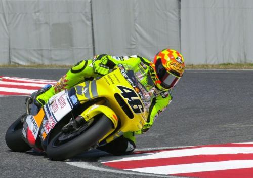 Valentino Rossi saat membela tim Azzuro Honda