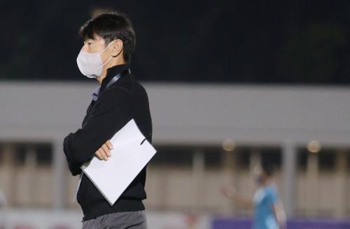 Shin Tae-yong (Foto: Twitter/@PSSI)