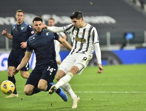 Alvaro Morata cetak dua gol (Foto: Reuters/Massimo Pinca)