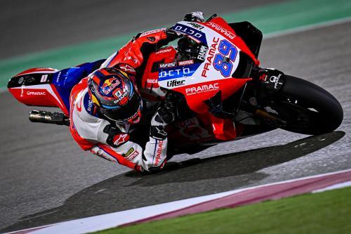 Jorge Martin melaju di Qatar saat gelap (Foto: MotoGP)