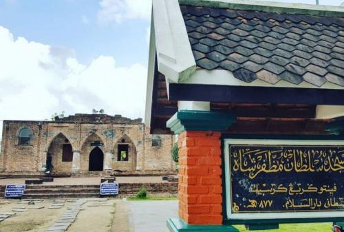 Masjid Gresik Pattani