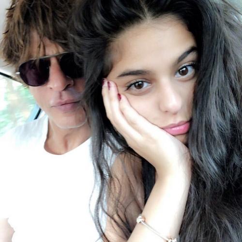 Shah Rukh Khan dan Suhana Khan. (Foto: Instagram/@iamsrk)