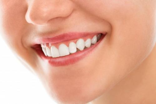 Ilustrasi gigi putih. (Foto: Racool Studio/Freepik)