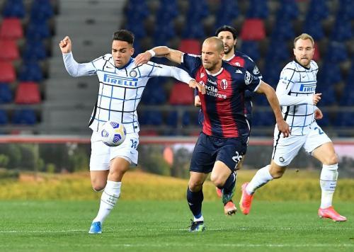 Suasana laga Bologna vs Inter Milan
