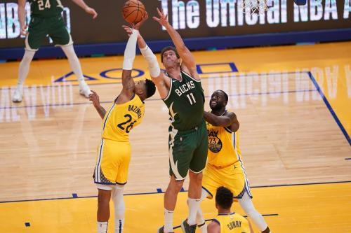 Golden State Warriors vs Milwaukee Bucks
