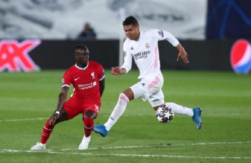 Sadio Mane nyaris tak terlihat (Foto: UEFA)