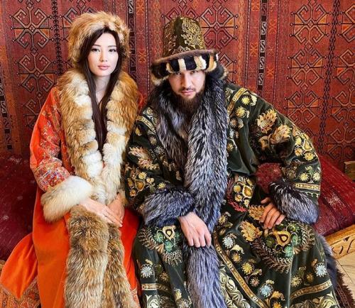 Sabina Altynbekova dan suaminya
