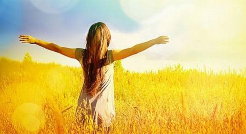 Ilustrasi berjemur sinar matahari. (Foto: Shutterstock)