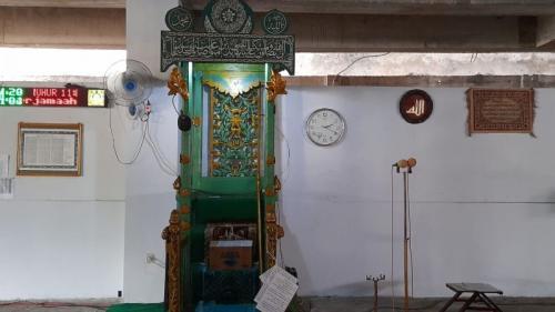 Mimbar di Masjid Agung Awwal (Foto : Okezone.com/Subhan)