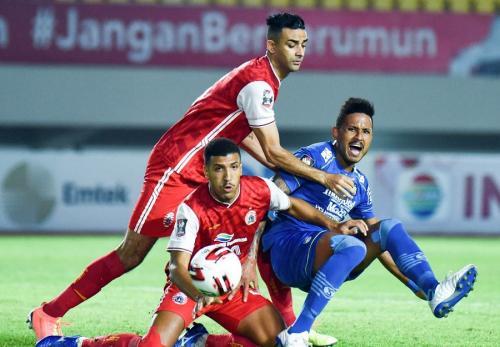 Persija Jakarta vs Persib Bandung (Foto: Twitter/@persib)