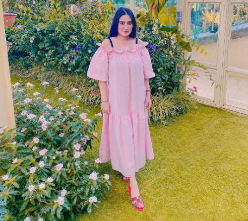 Angbeen Rishi istri Adly Fairuz. (Foto: Instagram @angbeenrishi)