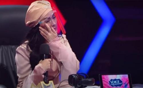 Iis Dahlia sebagai juri Voice of Ramadan. (Foto: GTV)
