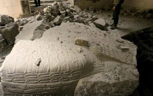 Artefak di Museum Budaya Mosul Hancur