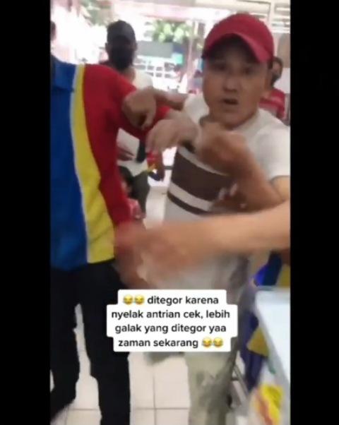 Viral pria mengamuk di minimarket setelah ditegur tidak mau antre. (Foto: Instagram @lambe_turah)