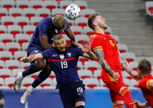 Timnas Wales saat menghadapi Timnas Prancis di laga uji coba