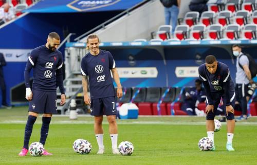 Benzema bersama Griezmann dan Mbappe