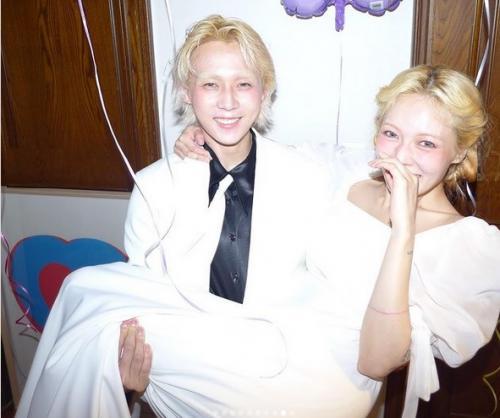 HyunA dan Dawn