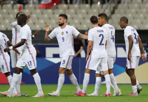 Suasana laga Prancis vs Bulgaria