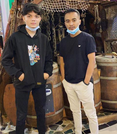 Adam Batubara putra komedian Ucok Baba. (Foto: Instagram @adammysh_)
