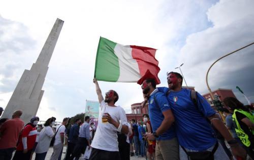 Pendukung Timnas Italia di Piala Eropa 2020