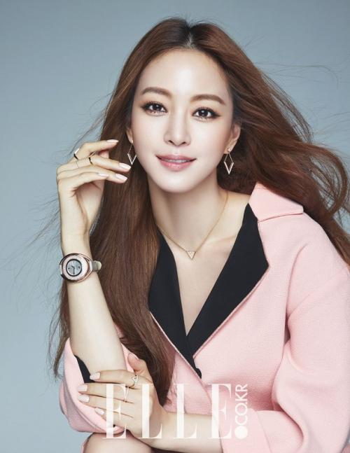 Han Ye Seul. (Foto: Elle)