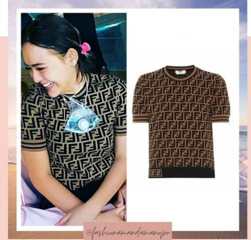 Kaus Amanda Manopo. (Foto: Instagram @fashionamandamanopo)