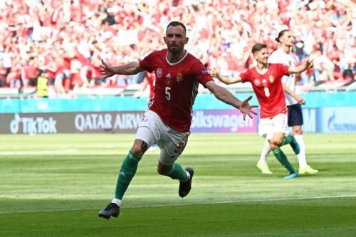 Momen gol Attila Fiola di laga Hungaria vs Prancis