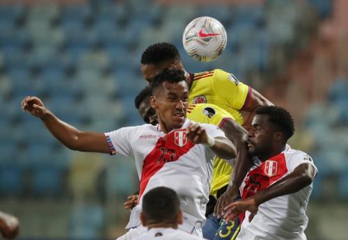 Kolombia vs Peru (Foto: Reuters)