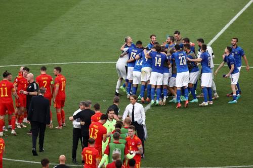 Suasana laga Italia vs Wales