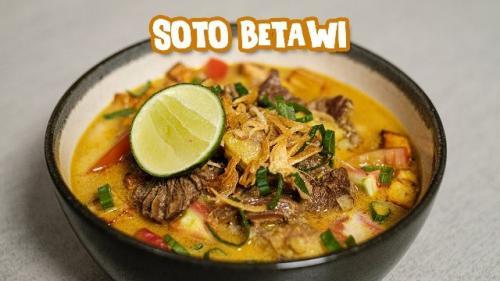 Soto Betawi ala Chef Ade Koerniawan. (Foto: YouTube Ade Koerniawan)