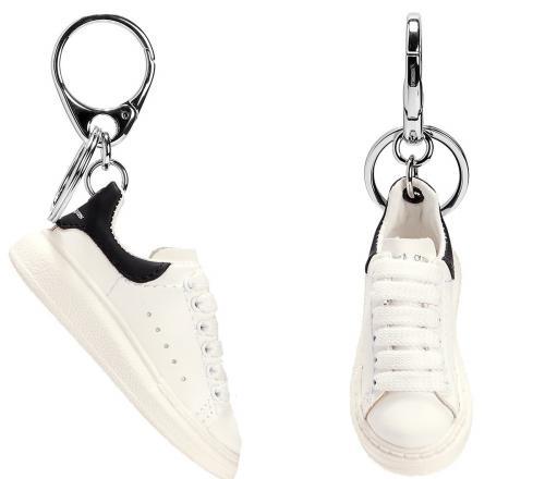 Gantungan Sepatu