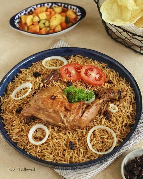 Nasi kebuli kuliner Timur Tengah. (Foto: Instagram @hestri.susilowati)