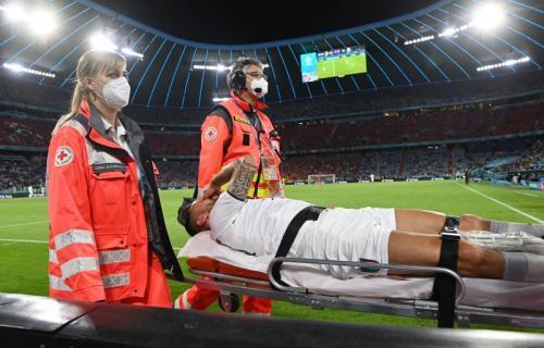 Momen cederanya Spinazolla di laga Italia vs Belgia