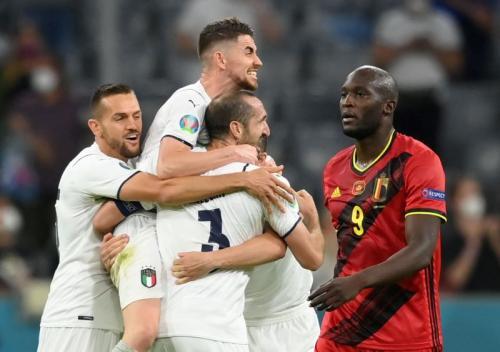 Romelu Lukaku vs Italia (Foto: Reuters)