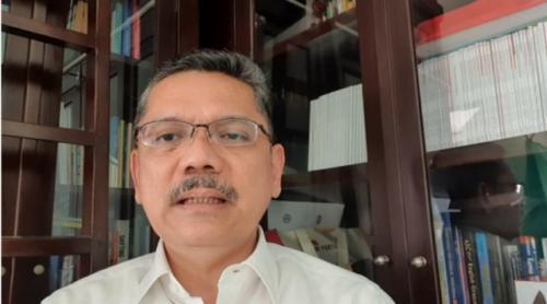 Guru Besar PKUI Profesor Ari Fahrial Syam. (Foto: YouTube Apa Kata Dokter Ari)